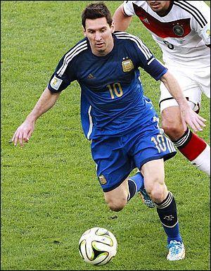 Lionel Messi joue actuellement dans l'équipe :