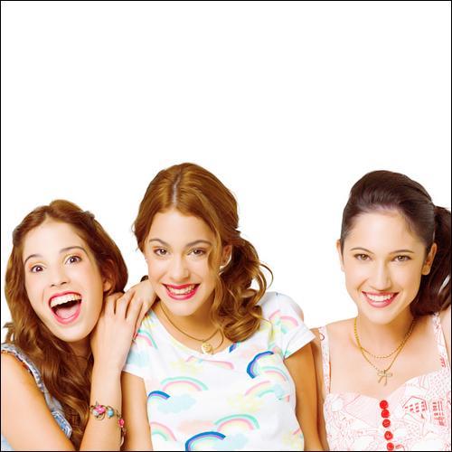 Comment s'appelle la chanson composée par Francesca et Camila où Violetta chante au premier plan ?