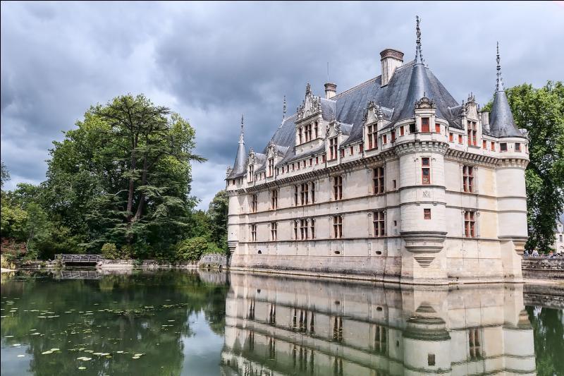 Indre-et-Loire. Château. Les Ridellois !