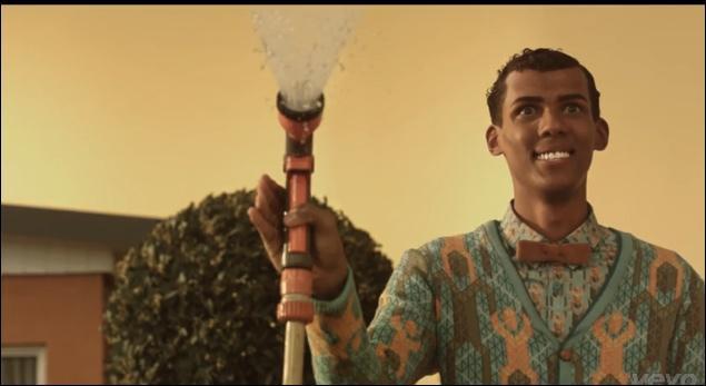 Dans quel clip Stromae est-il réincarné en statue ?