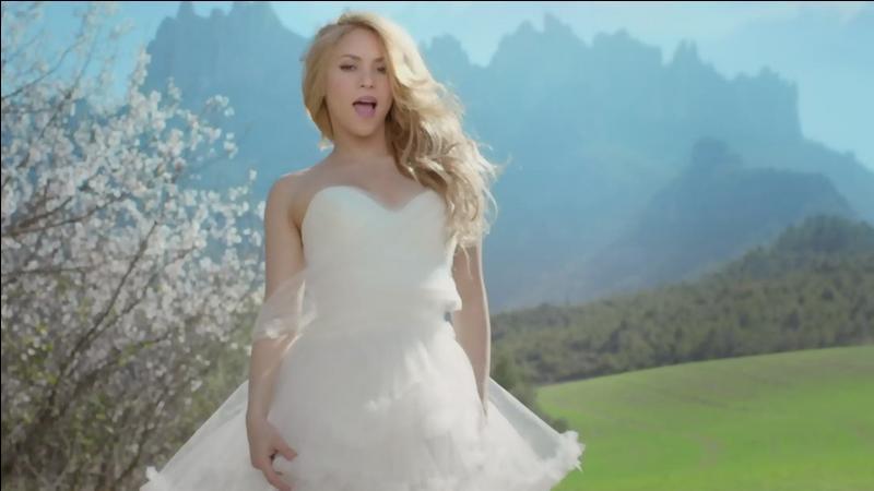 Comment s'appelle cette chanson de la belle Shakira ?