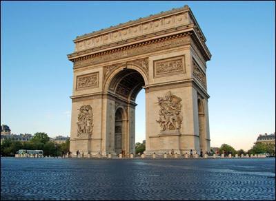 Et celle-ci qui est à Paris ?
