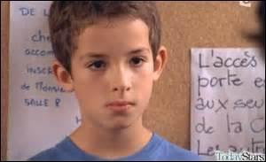 Quel est le prénom de ce petit garçon qui a tué son père ?