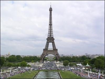 Tour de fer construite par Gustave Eiffel pour l'Exposition universelle de 1889. Je suis :