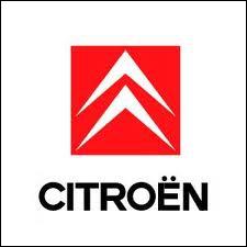 En 1934, sort des usines Citroën une voiture révolutionnaire, il s'agit de :