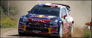 Citroën s'engage en rallye en 2000, avec un jeune pilote qui monte, nommé Sébastien Loeb. À ce jour, (2015) combien de titres de Champion du monde des constructeurs la marque Citroën compte-t-elle ?
