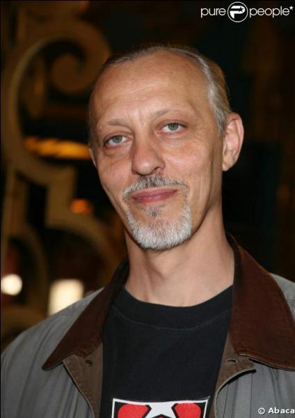 Quand le chanteur et acteur français Tom Novembre est-il né ?