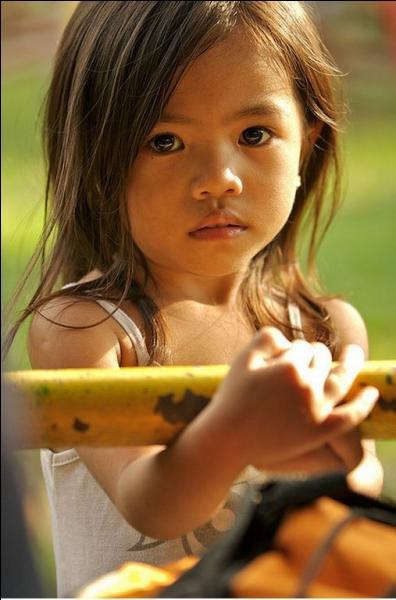 """Quel jour célèbre-t-on la """"Journée internationale des droits de l'enfant"""" ?"""