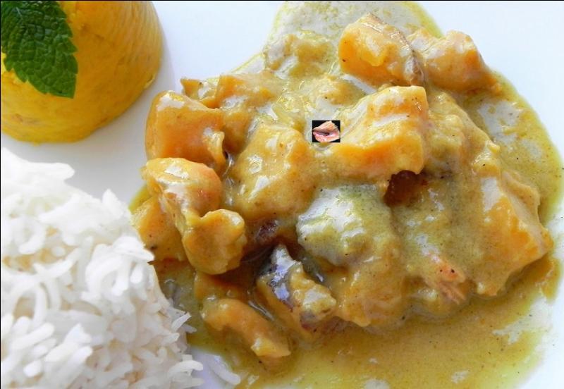 Quelle est cette préparation au lait de coco et curry ?