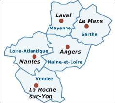 Parmi ces villes des Pays-de-la-Loire, laquelle est la plus peuplée ?