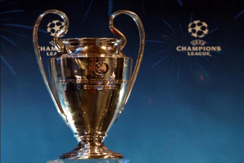 Combien de trophées a-t-il à son compte, (Coupe de la ligue, Trophée des champions, Ligue 1....) ?