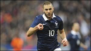 Qui est ce joueur de l'équipe de France de football ?
