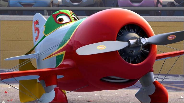 Qui est cet avion italien qui lance la cape au visage quand il est