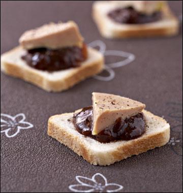 """Voici des toasts de foie-gras présentés sur de la """"couille du Pape"""", quelle est donc cette confiture ?"""