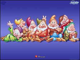 """Blanche-Neige et les sept nains (hey ho) : """"On pioche tic tac, tic tac, tic tac, dans la mine le jour entier. Piocher tic tac, tic tac, tic tac..."""""""