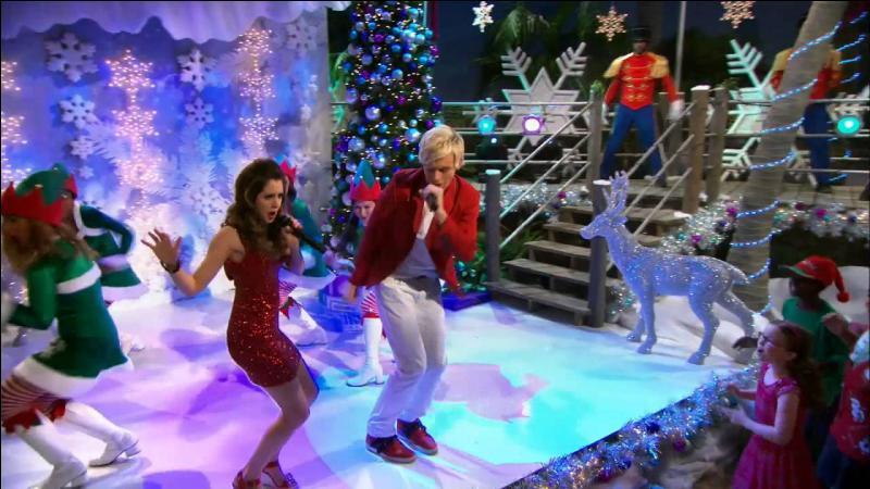 Dans la saison 3, Austin et Ally chantent une chanson pour Noël, quelle est cette chanson ?