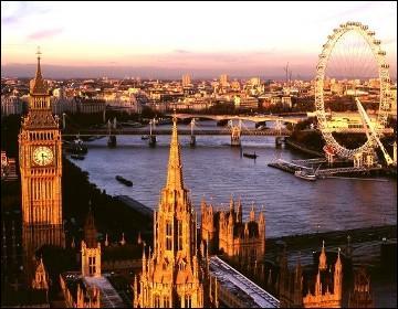 Qui va partir habiter en Angleterre ?
