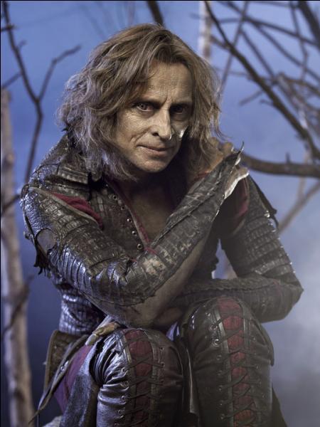 Il joue Rumpelstiltskin dans la série, mais en vrai comment s'appelle-t-il ?