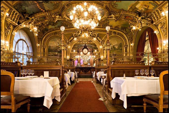 Quel est ce restaurant connu de la Gare de Lyon et portant le nom d'un roman d'Agatha Christie ?