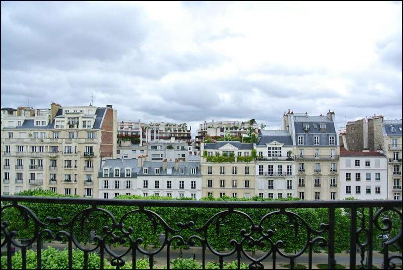 Nous voici arrivés avenue de Breteuil, à qui ou à quoi doit-elle son nom ?