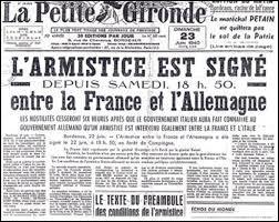 Finalement, l'armistice est signé le 22 juin 1940. Cette terrible défaite aura causé la mort de 100 000 personnes du côté français. Quelle en est la conséquence immédiate pour une France humiliée ?