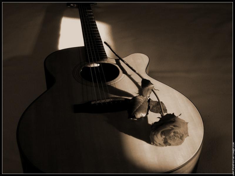 """De qui sont les paroles : J'y mets mes joies, j'y mets mes peinesEt tout ça, ça devient le blues, je le chante autant que je l'aime, et je le chanterai toujours"""" ?"""