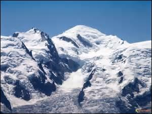 Le mont Blanc est le plus haut sommet français.