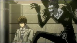 Un humain et un Shinigami entrent en scène. Bien sûr, c'est dans...