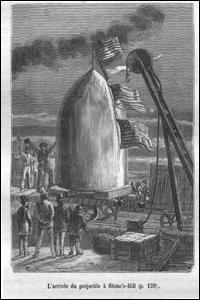 Quelle ressemblance y a-t-il entre le canon « Colombiad » de Jules Verne et le programme d'Apollo 11 ?