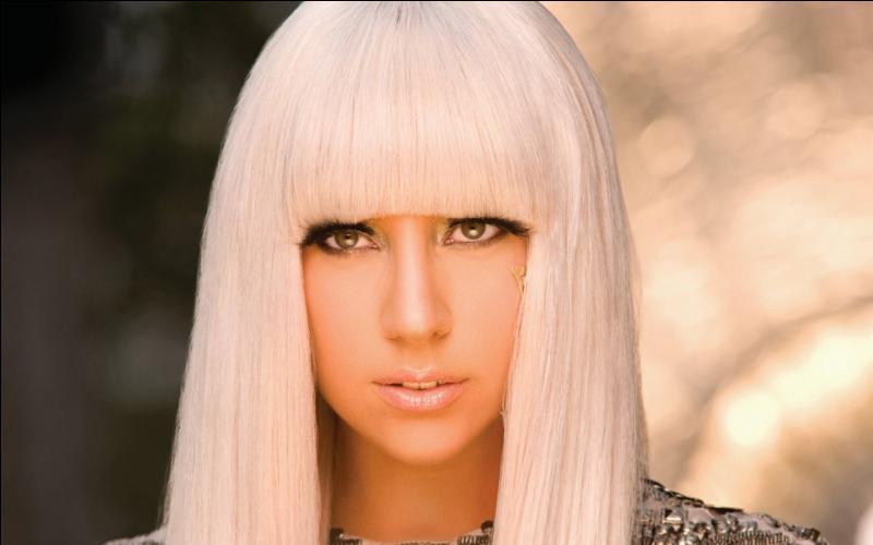 """Termine le titre de cette chanson de Lady Gaga """"Poker..."""