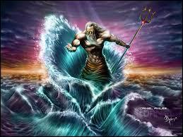 Quel est ce dieu, dieu de la mer et des océans faisant partie des trois dieux principaux ?