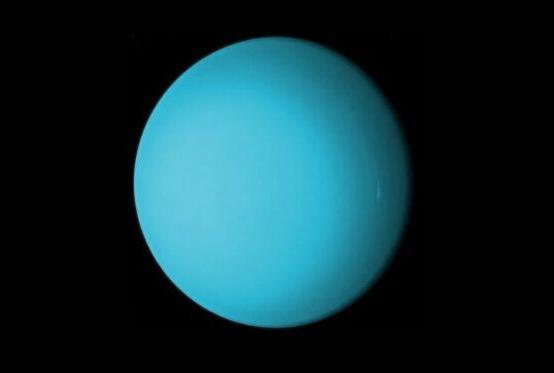 La planète Uranus est tellurique.