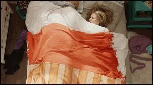 Avec qui cette fille a-t-elle couché ?