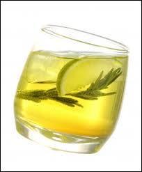 Si, pour changer, on prenait l'apéritif ? Je vous propose une suze, si vous aimez les alcools à base ...