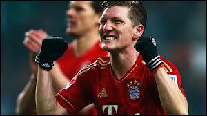 Et un Allemand évoluant aussi au Bayern Munich.