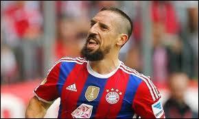 Ensuite, je mettrais Franck Ribéry, joueur du Bayern Munich d'origine...