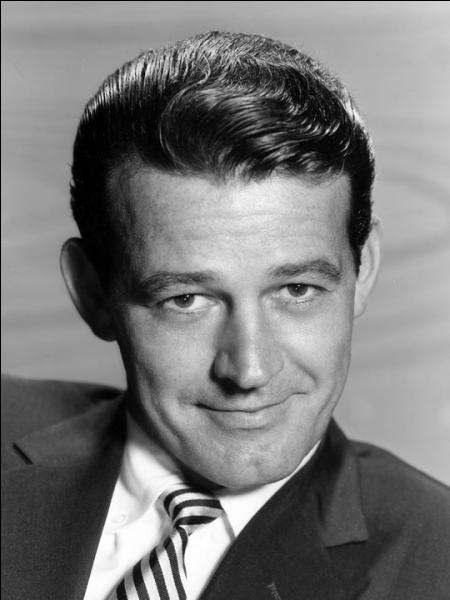 Septembre : Murray Hamilton est un acteur qui a eu des seconds rôles dans le cinéma américain. Il fut notamment Larry Vaughn, le maire de la ville dans ''Les Dents de la mer'' de...