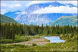 Dans quel parc national se situe le mont McKinley, point culminant des Etats-Unis ?