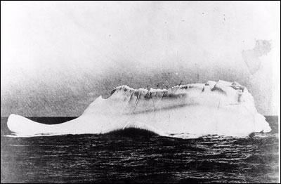 Quelle était la hauteur de l'iceberg qui a fait sombrer le Titanic ?