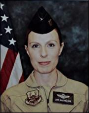 Quel était le métier de Lori Mackelson lors de sa mort ?
