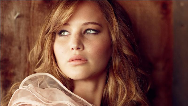 Qui est l'actrice jouant le rôle de Katniss ?