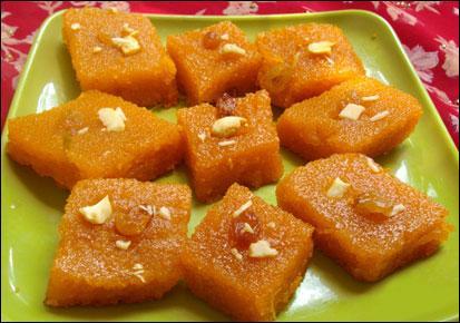 Le suji ka halwa est un dessert de l'Inde. Quelle est la base de sa préparation ?