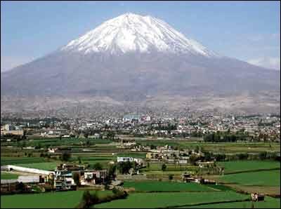 Ça fait maintenant quelques années que David est retourné chez lui à Arequipa ; dans quel pays ?