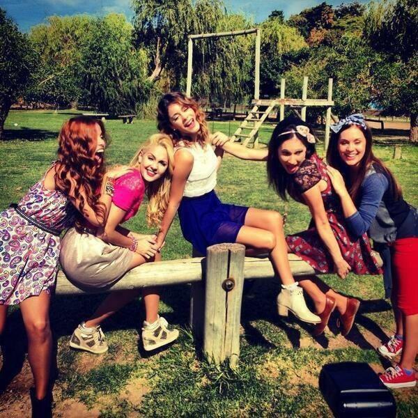 Toutes les filles de 'Violetta' (saisons 1, 2 et 3)