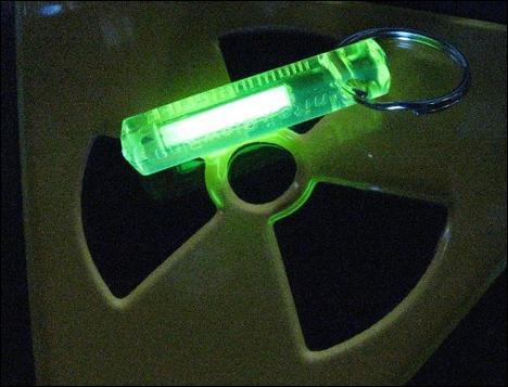 Nous pourrions aussi vendre un isotope radioactif de l'hydrogène :