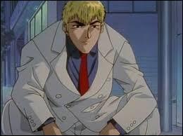 'GTO' : Il s'appelle Onizuka Eikichi. Déterminez l'information correcte.