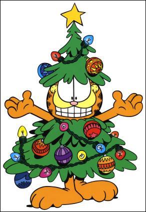 Camouflé dans un sapin de Noël, quel est ce chat ?