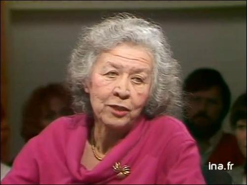 """""""Ouverture à cœur"""" est le premier roman de cette académicienne, décédée à 98 ans, helléniste passionnée, reconnue internationalement. Qui est-elle ?"""