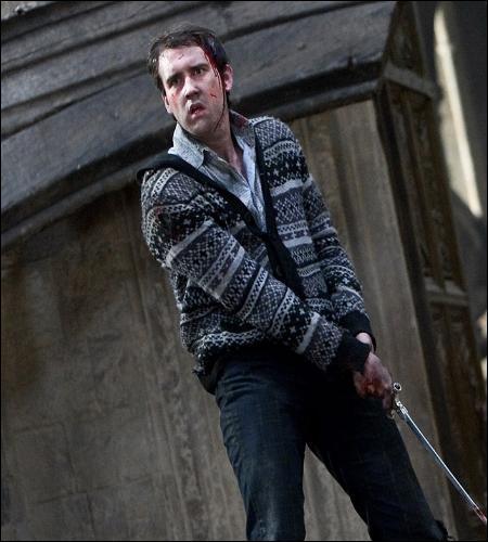« Surveille tes arrières, fiston. Et prends mon manteau. »