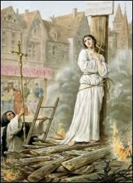 Jeanne d'Arc fut envoyée au bûcher par les Anglais en 1431. Dans quelle ville cela se passa-t-il ?